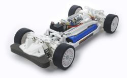 023-300047364 1:10 RC TT-02 Chassis Kit Whi