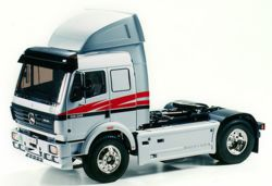 023-300056305 1:14 RC Mercedes-Benz 1838 LS
